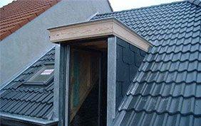 fenêtre sur toiture en pente