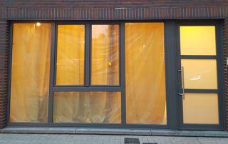 porte et grande fenêtre PVC