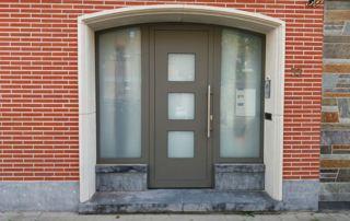 porte d'entrée en PVC et vitrée