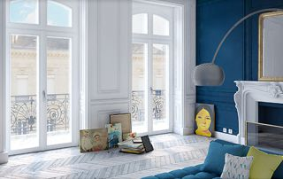 bel appartement avec grandes fenêtres