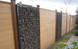 panneaux en bois pour délimiter jardin