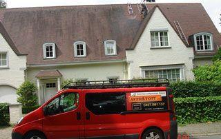 camionnette Appretoit devant maison