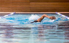 Découvrez la natation d'Aspria Arts-Loi ici !