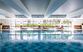 Découvrez la piscine d'Aspria Arts-Loi !