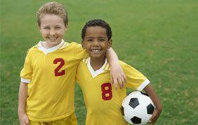 jeunes joueurs de foot