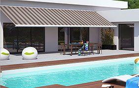 piscine, façade et protection solaire de terrasse.