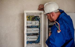 électricien à La Louvière