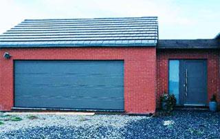 porte de garage sectionnelle à Charleroi