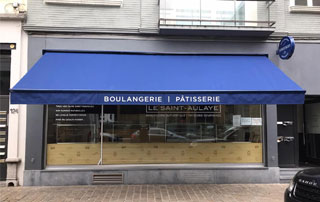 marquise sur magasin