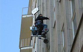 Laveur de vitre à l'action