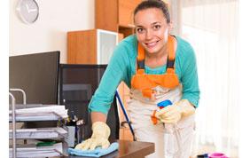nettoyage cuisine par femme de ménage