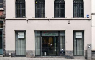 façade courtier en assurances Brotcorne