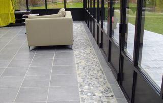 aménagement terrasse pavée