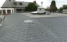 terrasse sur toit en ardoise