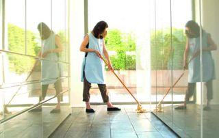 Nettoyage de sol couloir