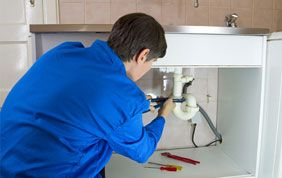 professionnel en réparation de tuyauterie