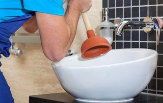 débouchage lavabo avec ventouse