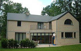 maison en briques claires