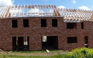 construction de maison avec charpente en bois