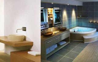 Baignoire en coin et évier vasque