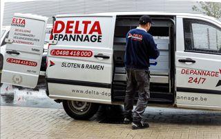 Camionnette société Delta Dépannage