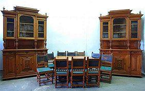 buffets anciens en bois et table salle à manger