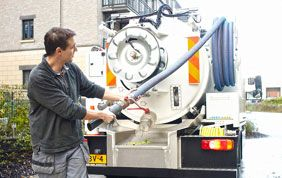 camion pour vidange de fosse