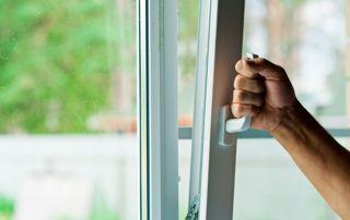 Ouverture fenêtre oscillo-battant