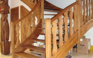 escalier en bois quart tournant