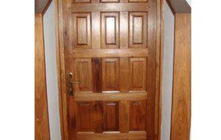 Porte en bois sur mesure