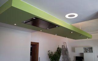 faux plafond au dessus d'une cuisine