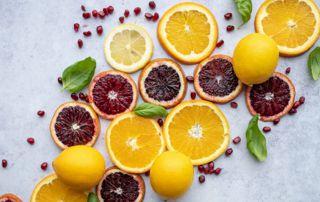citrons et oranges en tranches