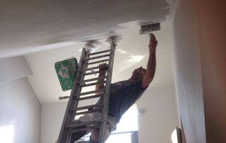 Accès combles et faux-plafond