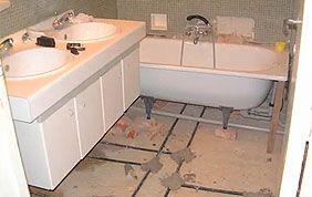 raccordement baignoire et lavabo salle de bain