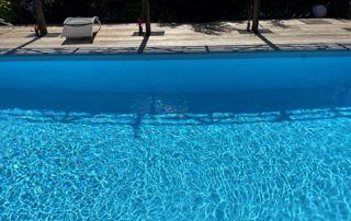 grande piscine enterrée