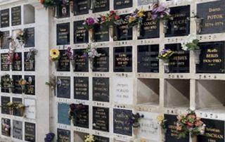 magasins fleurs et articles funéraires