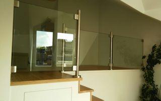garde-corps escalier en verre
