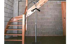 escalier en bois tournant