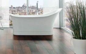 parquet bambou foncé pour salle de bain