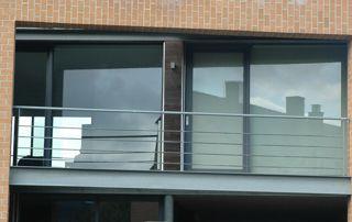 grande porte fenêtre en alu