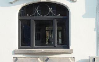 fenêtre arrondie