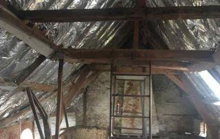 Isolation de toit par l'intérieur