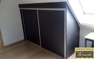 mobilier adapté au toit mansardé