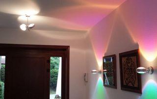 Eclairage coloré couloir intérieur