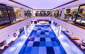 Découvrez la piscine de l'Aspria Avenue Louise !