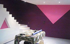 pièce repeinte en rose et violet