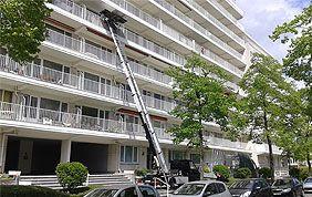 Monte-charge élevé jusqu'au 3ème étage