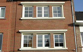 fenêtres à croisillons en pvc