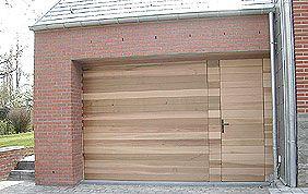 porte de garage design en bois