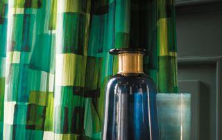 rideaux à motifs dans les tons verts
